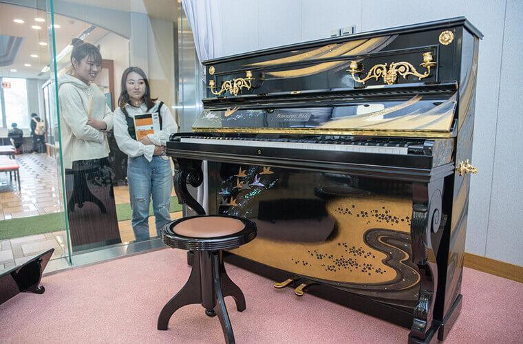 ステッセルのピアノ