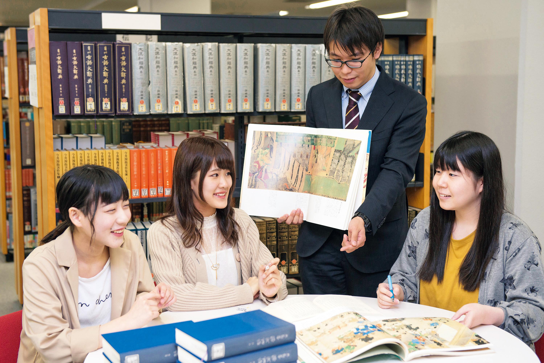 2019日本文学専攻トビラ